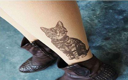 Dövmeli çorap modası